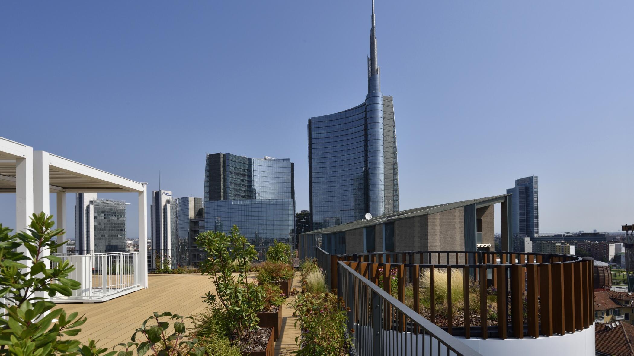 Milano Verticale | Garden Terrace View