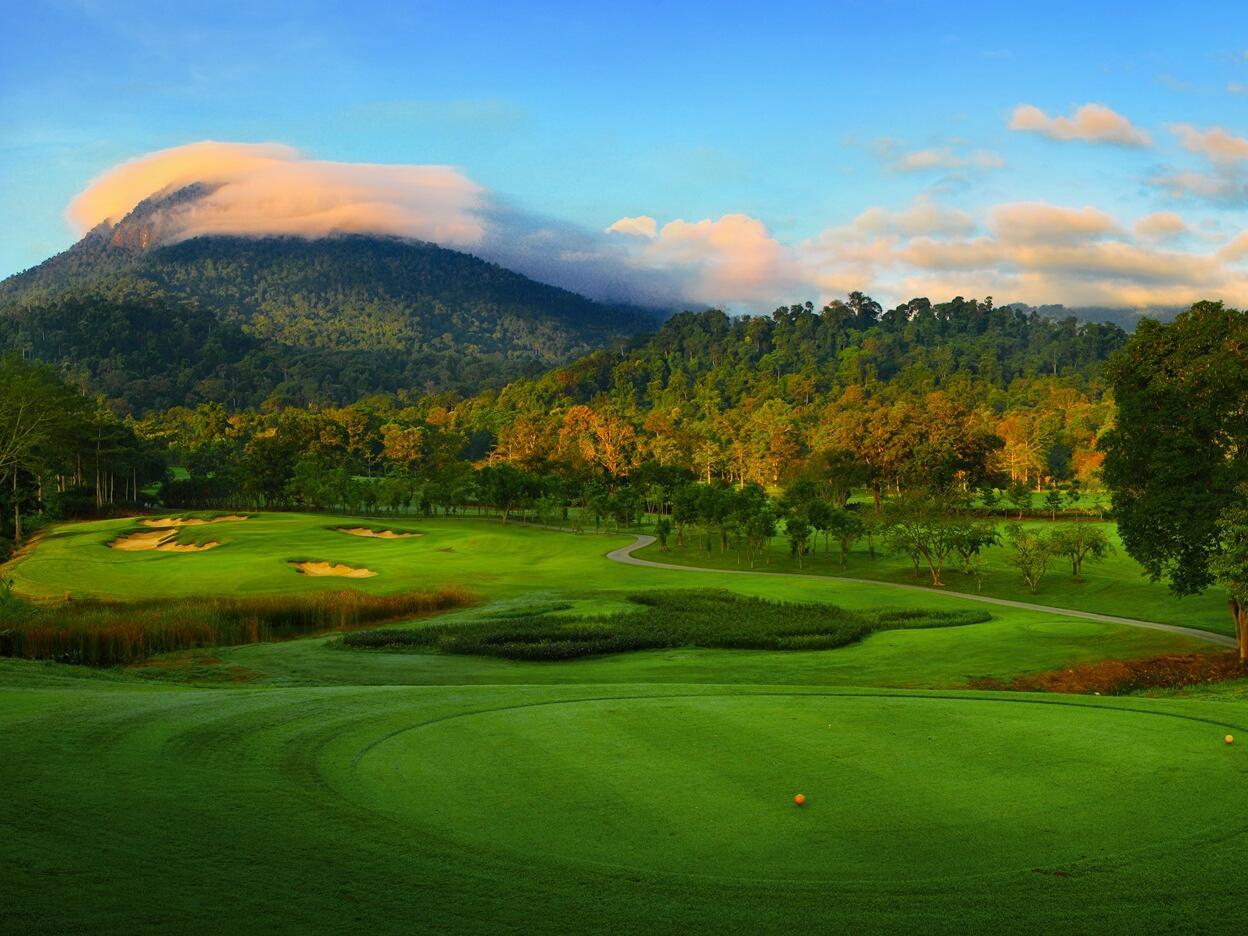 Exterior View of Chatrium Golf Resort Soi Dao Chanthaburi