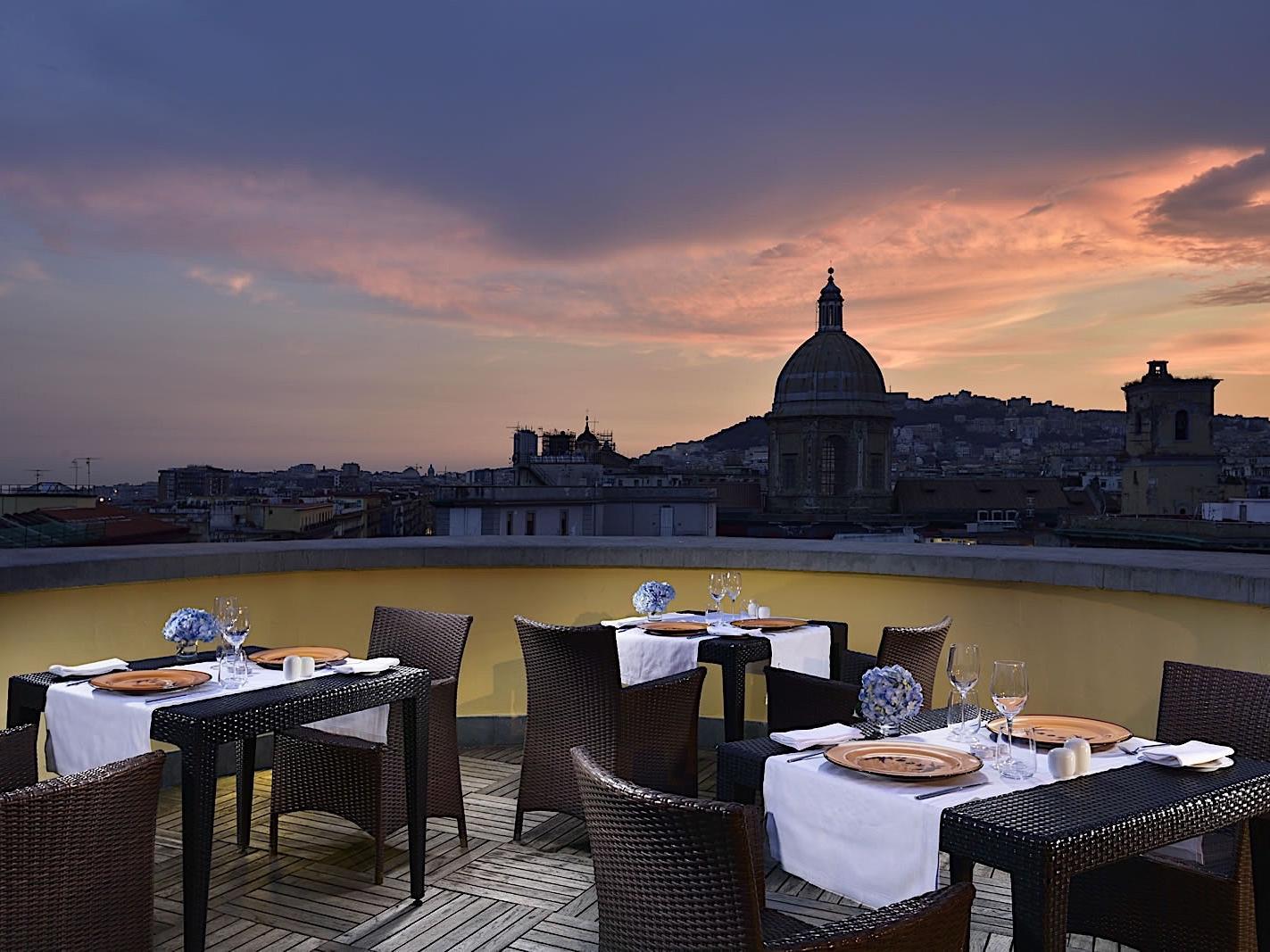 Roof Dinner | Napoli