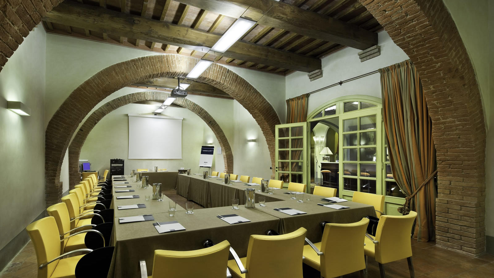 Clemente Meeting Room