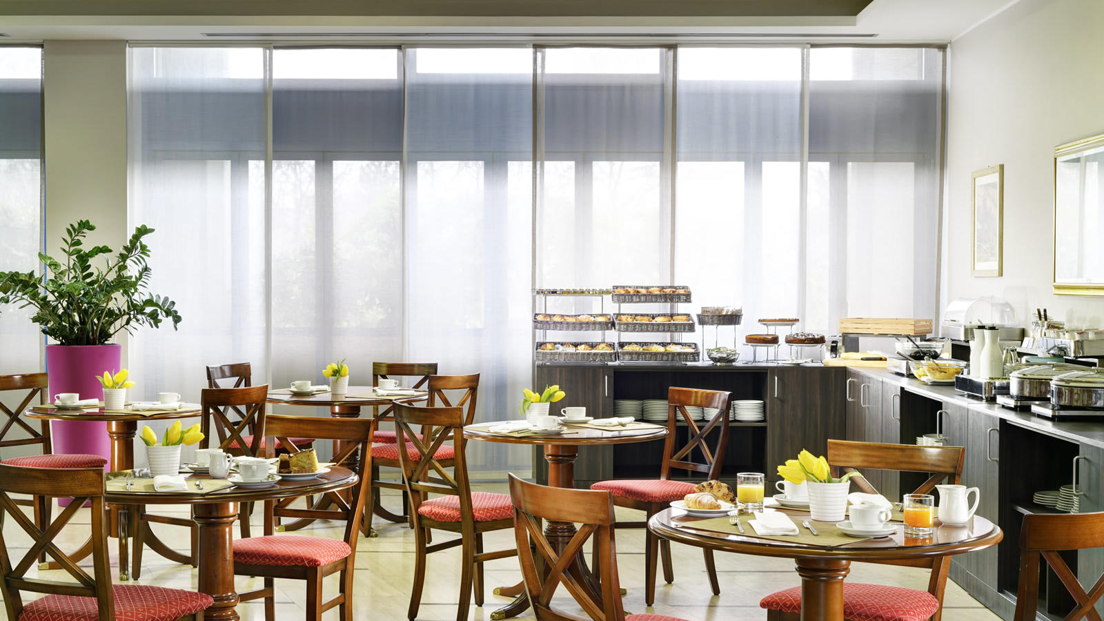 Breakfast room | Quark Due Hotel & Residence Milano