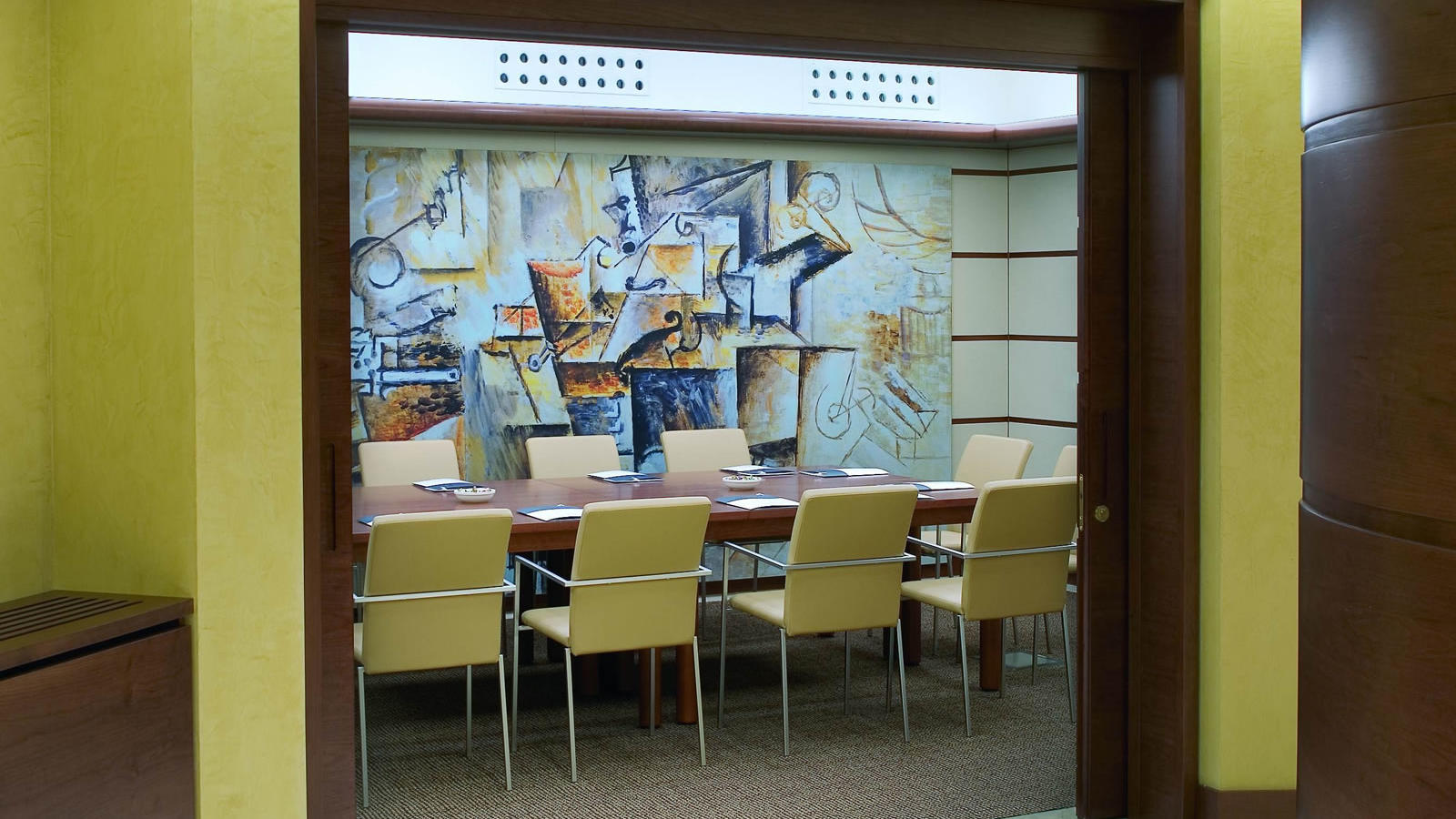Picasso meeting room