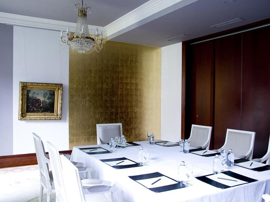 Parkzimmer meeting room at Schlosshotel Berlin by Patrick Hellmann
