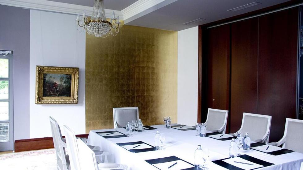 Parkzimmer meeting room at Schlosshotel Berlin by Patrick Hellmann