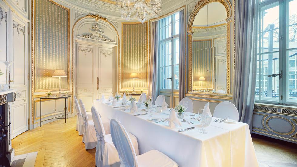 Vestibule at Schlosshotel Berlin by Patrick Hellmann