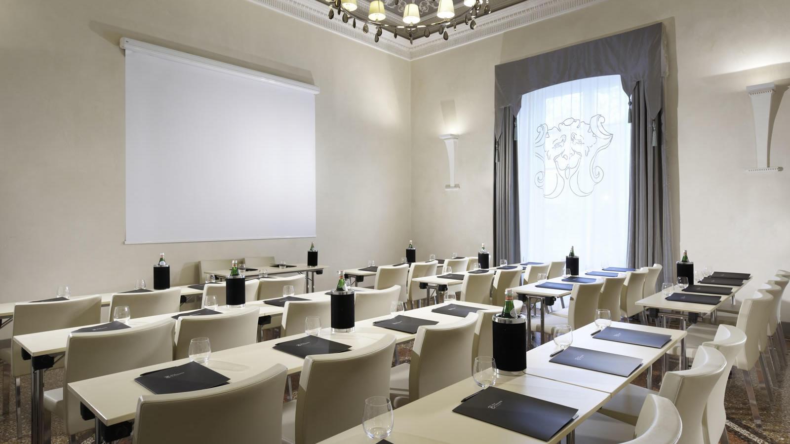 Torrigiani meeting room | Villa Le Maschere