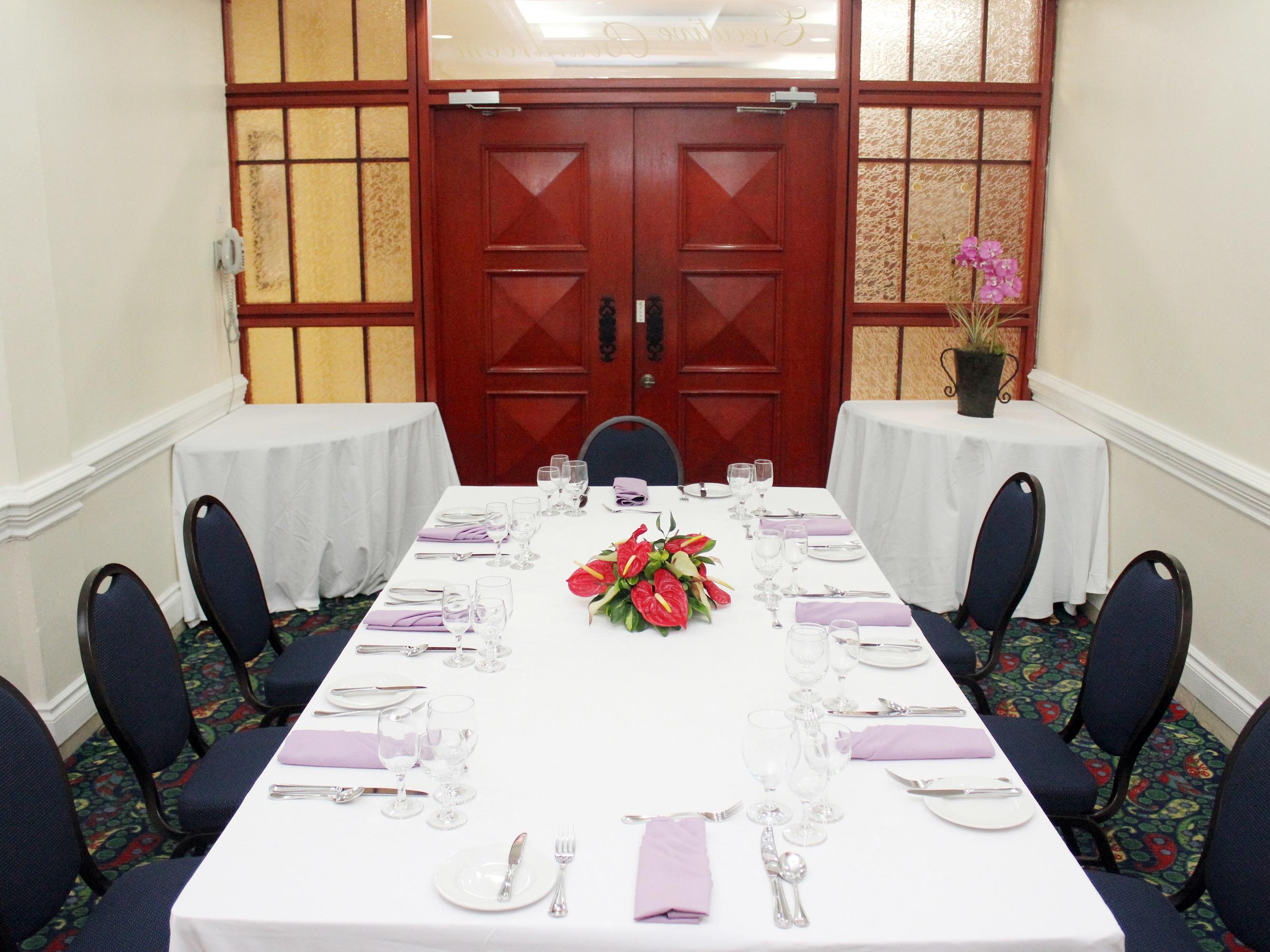 dining room meeting