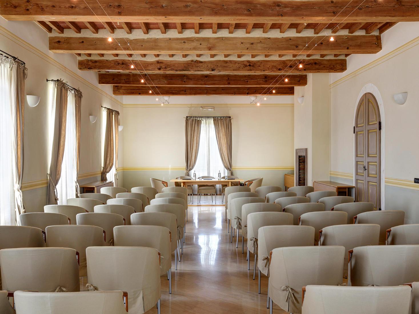 Meeting Room Brunello | Relais Villa Grazianella
