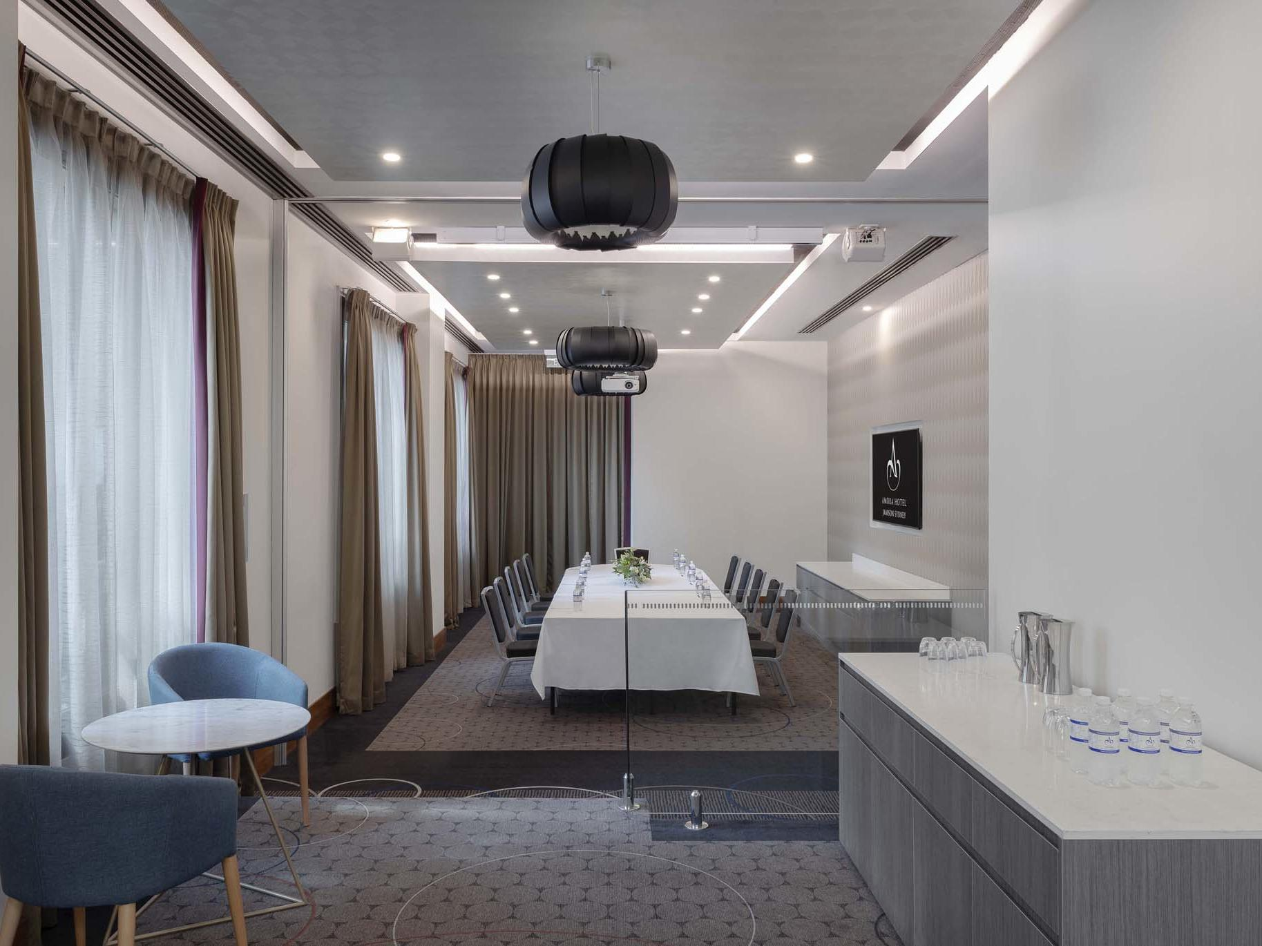 Preston Rooms - Amora Hotel