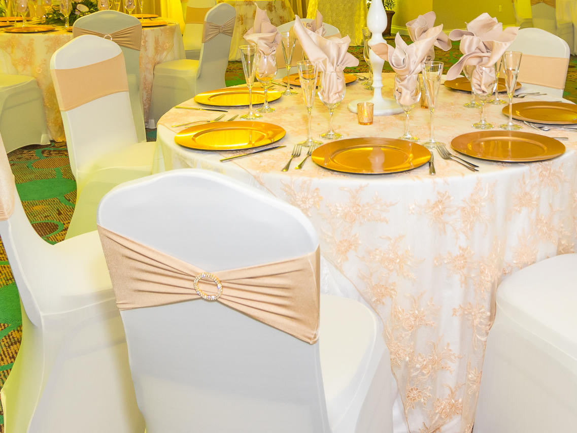 pink wedding reception setup
