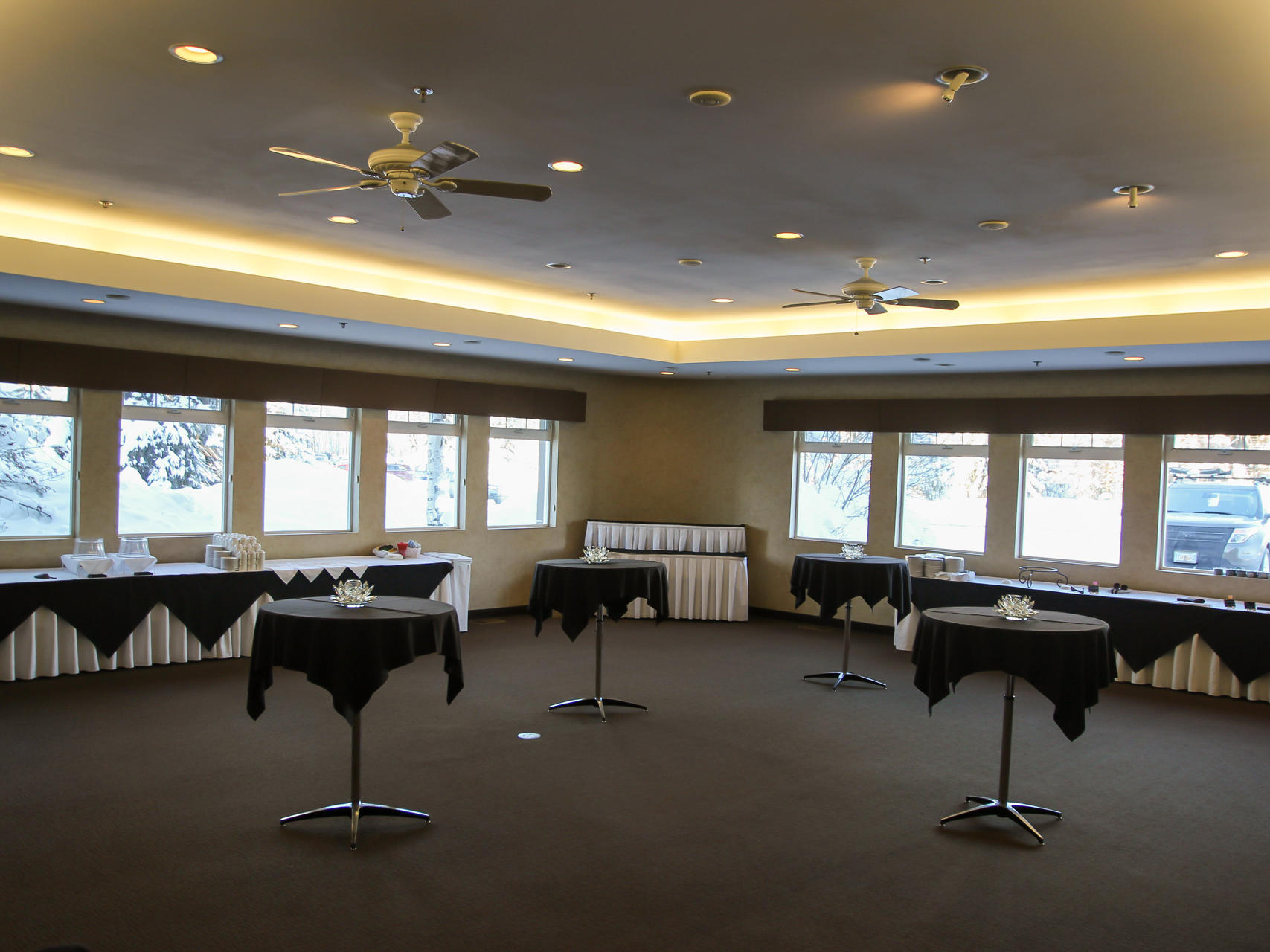 View of the spacious Garden Room at Wedgewood Resort
