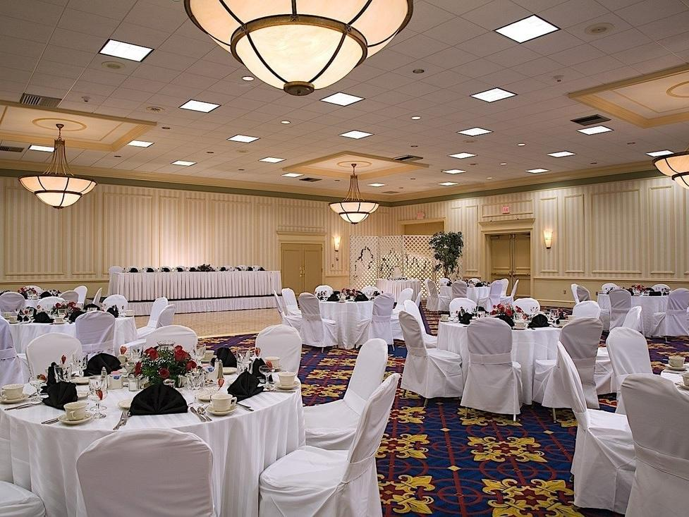 Indoor wedding tables