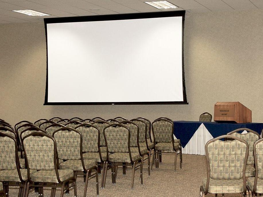 View of the Taiga Center for conferences at Wedgewood Resort