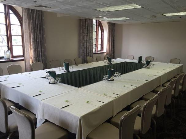 Mission Inn meeting room with conference table and chairs