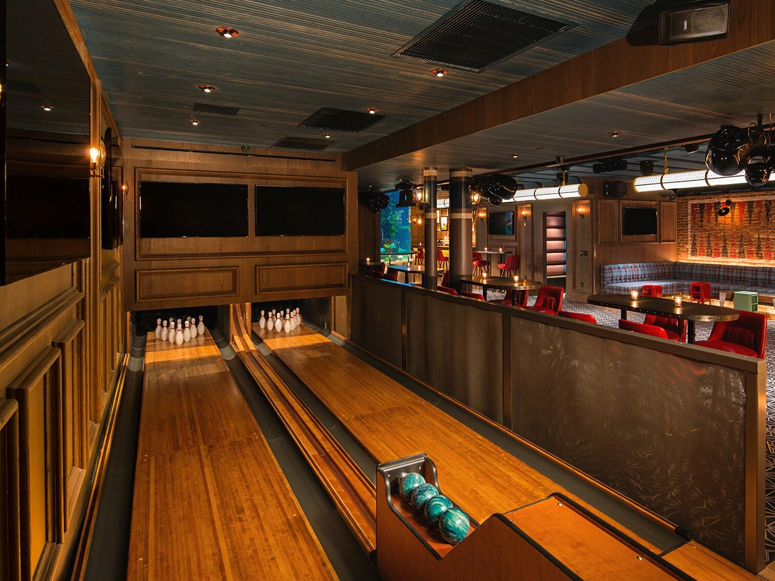 2 bowling alleys in the Fishbowl Lounge at Dream Midtown NYC