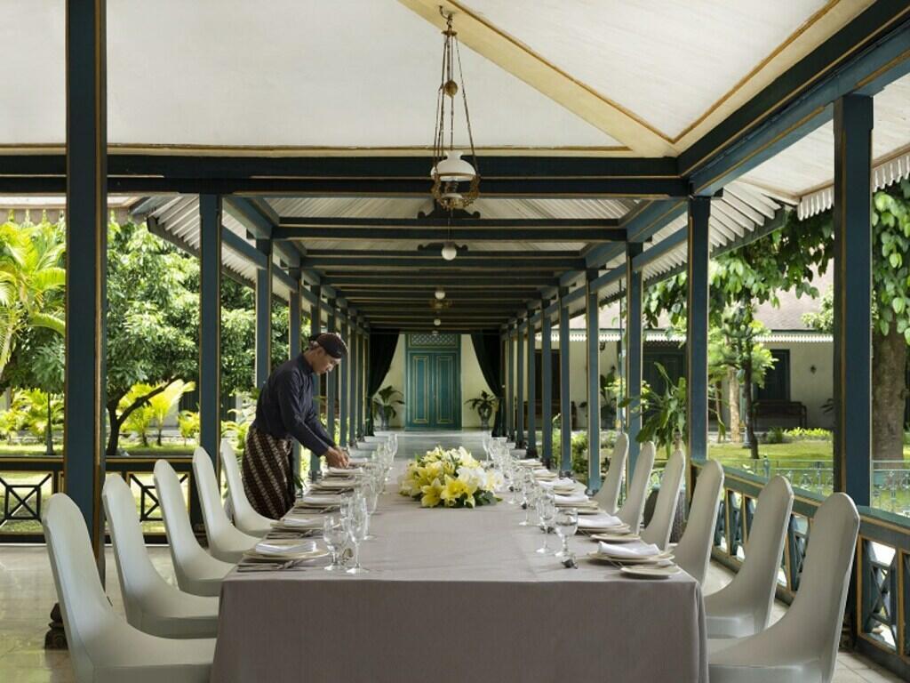 The arranged Gadri - Royal dining room at Royal Ambarrukmo Yogyyakarta