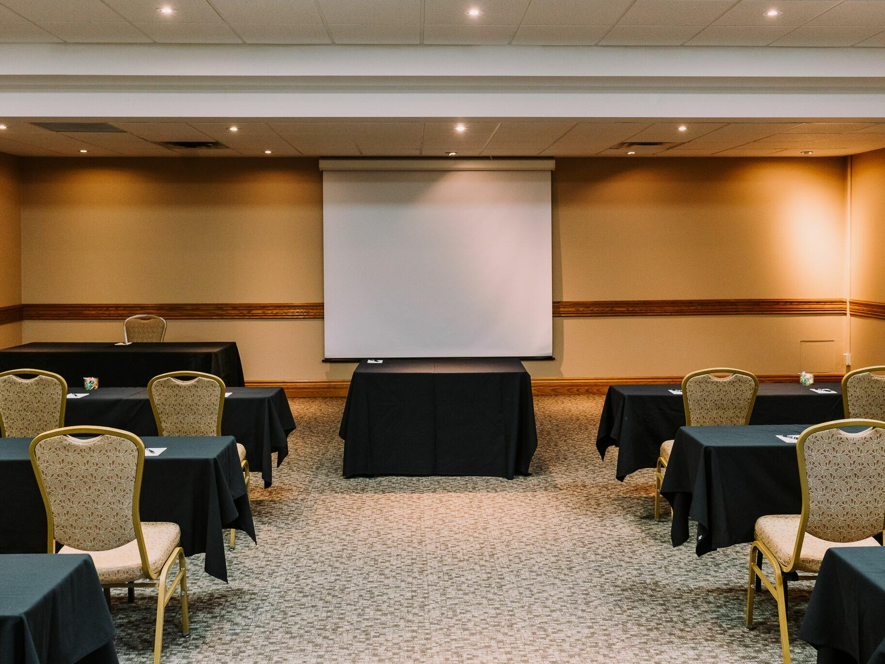 spacious Meeting room with projector at The Inn of Waterloo