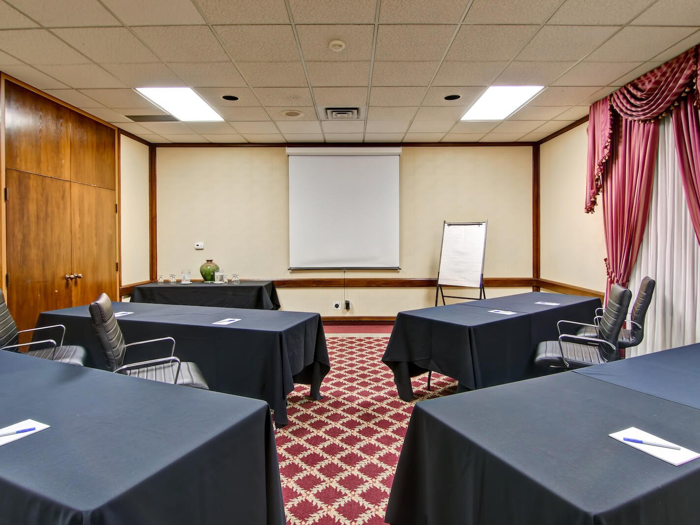meeting room with a projector at The Inn of Waterloo