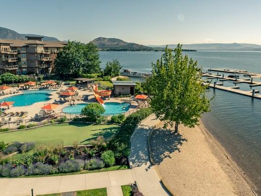 inner cove hotel grounds okanagan lake pools
