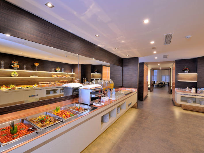 Le Market buffet at Kenzi Hotels Group