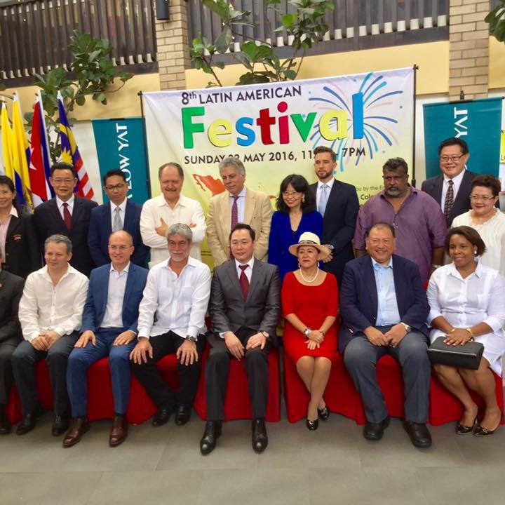 The 8th Latin American Festival Cheque Presentation Ceremony At The Federal Kuala Lumpur