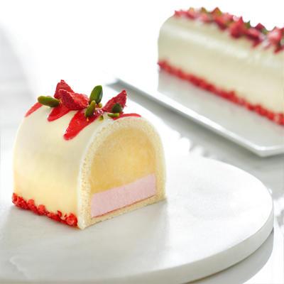 Durian Fiesta Strawberry - Goodwood Park Hotel