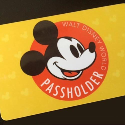 a Walt Disney World Passholder card