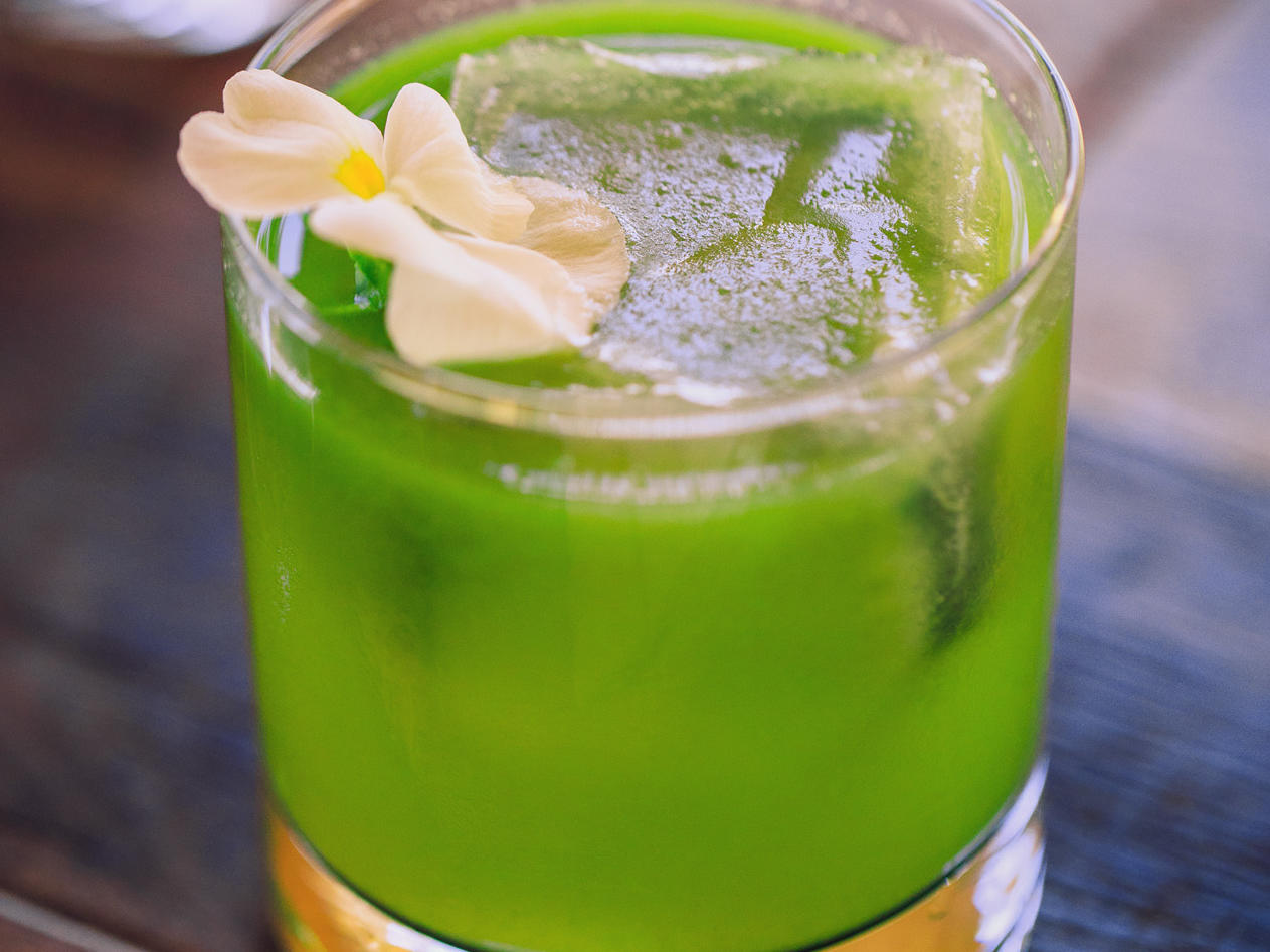 Green Ocean cocktail