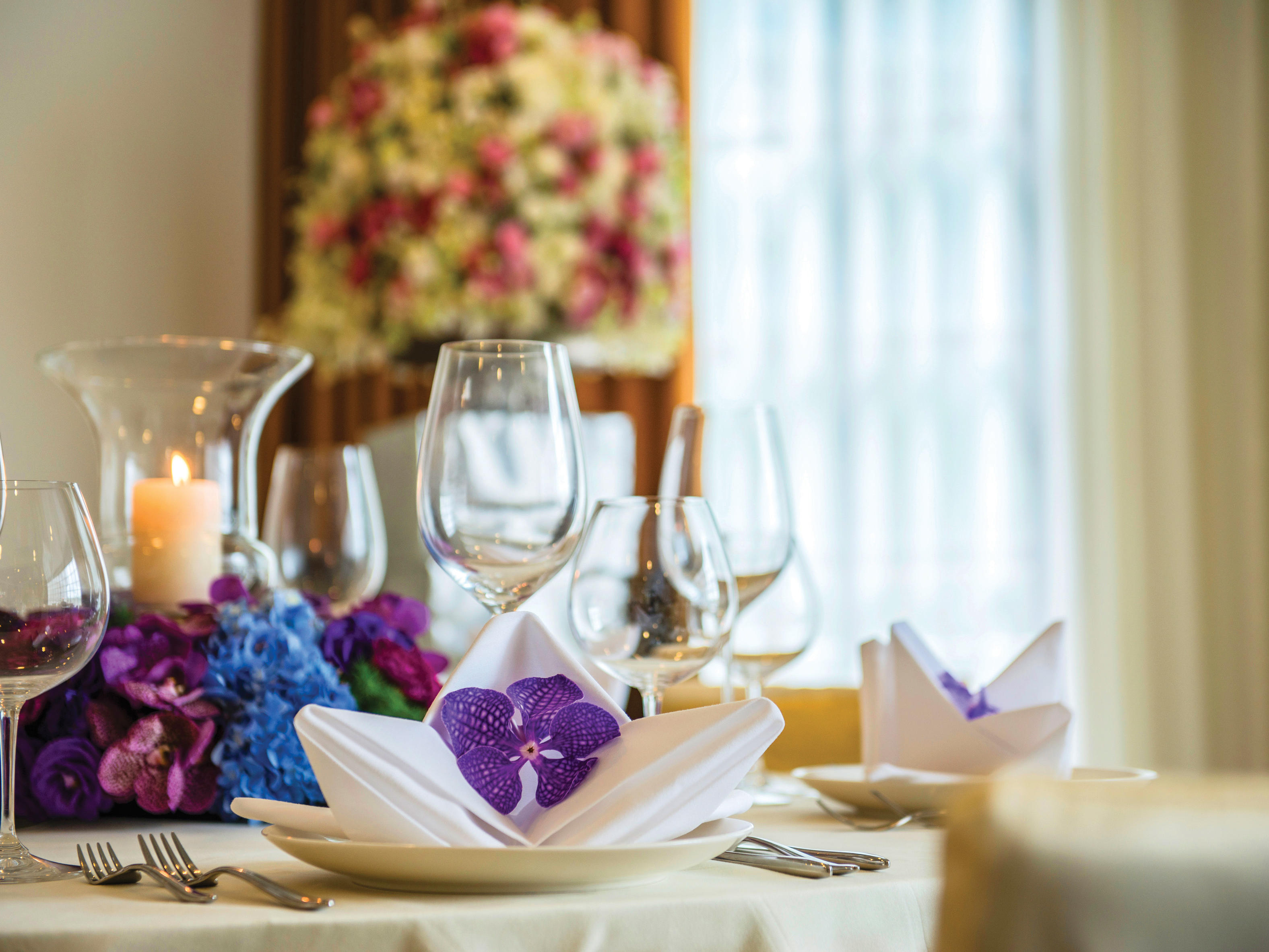 A view of a table decoration at Chatrium Hospitality Hotels