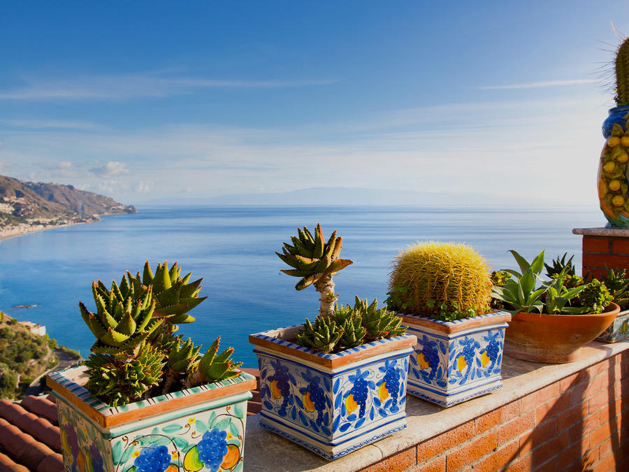 Five Little-known Dream Beaches in Sicily