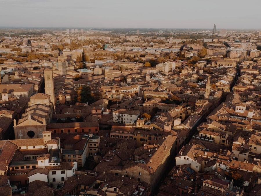 Tre luoghi sacri per raccontare l'anima di Bologna
