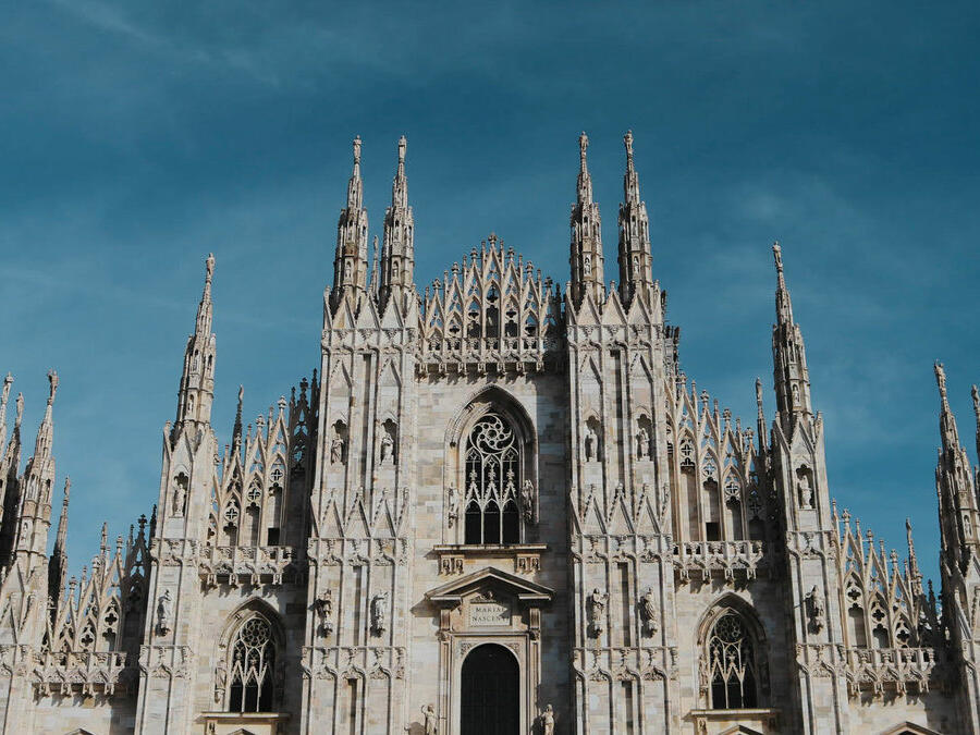 A walking tour of the Milanese districts to discover the city's multifaceted spirit