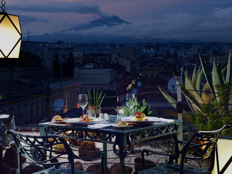 Pasqua staycation: a Torino o a Catania per un weekend di benessere
