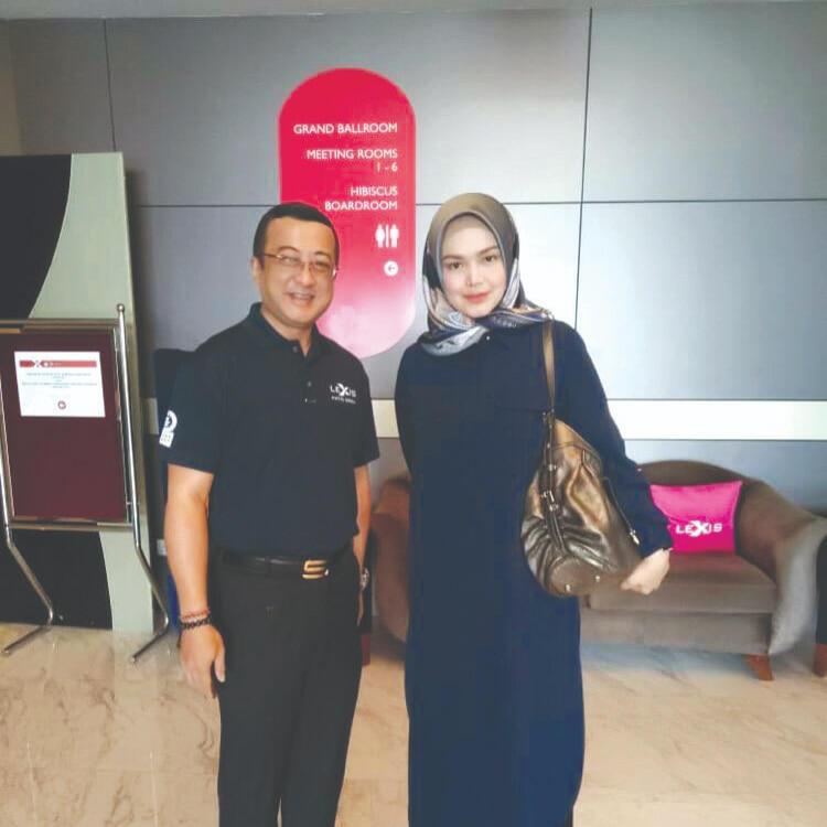 News 2019 - Datuk Siti Nurhaliza Visits Our Hotel | Lexis Hibiscus® Port Dickson