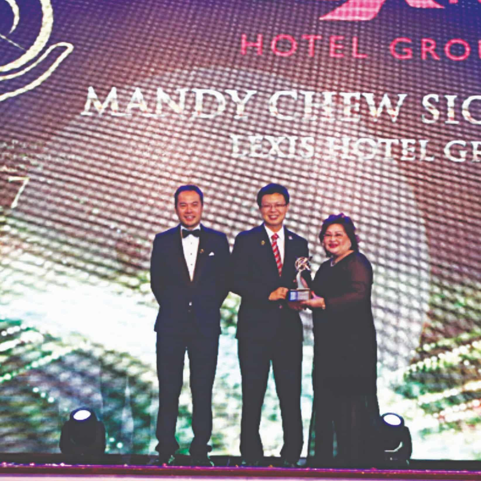News 2017 - Asia Pacific Entrepreneurship Awards | Lexis® Hotel Group