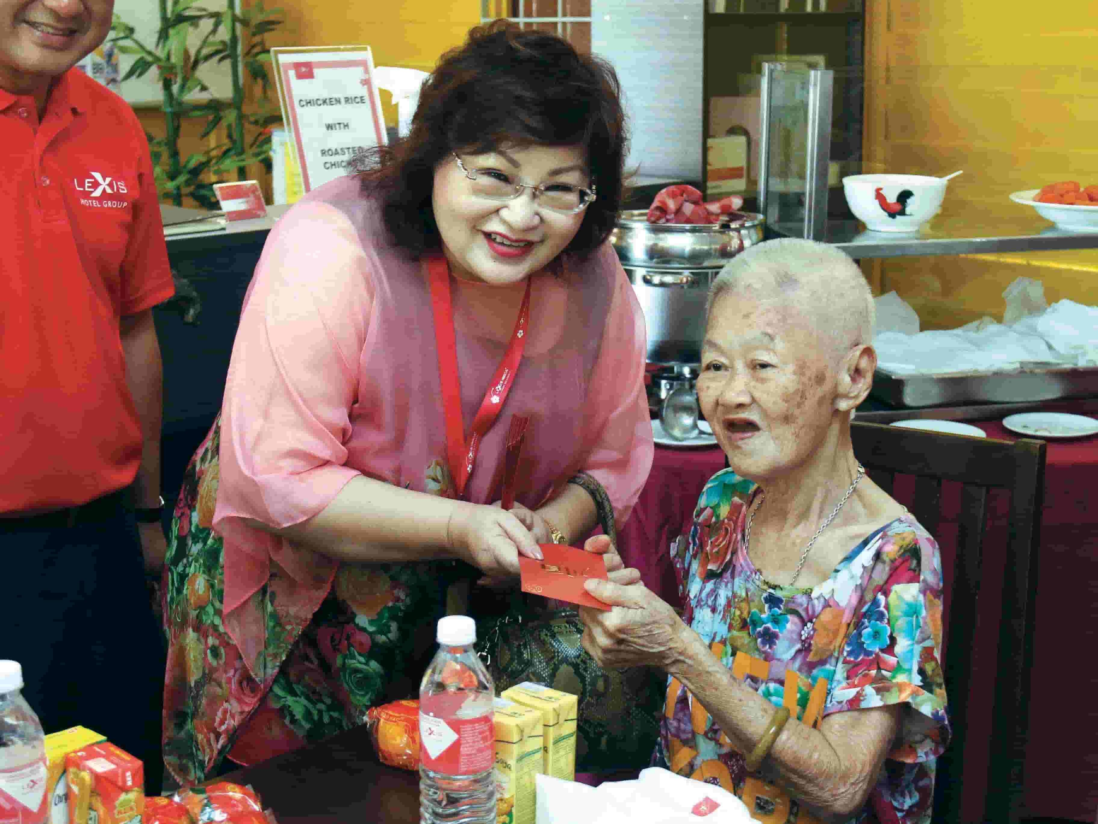 News 2018 - Visit Old Folks Home During CNY | Lexis® Hotel Group