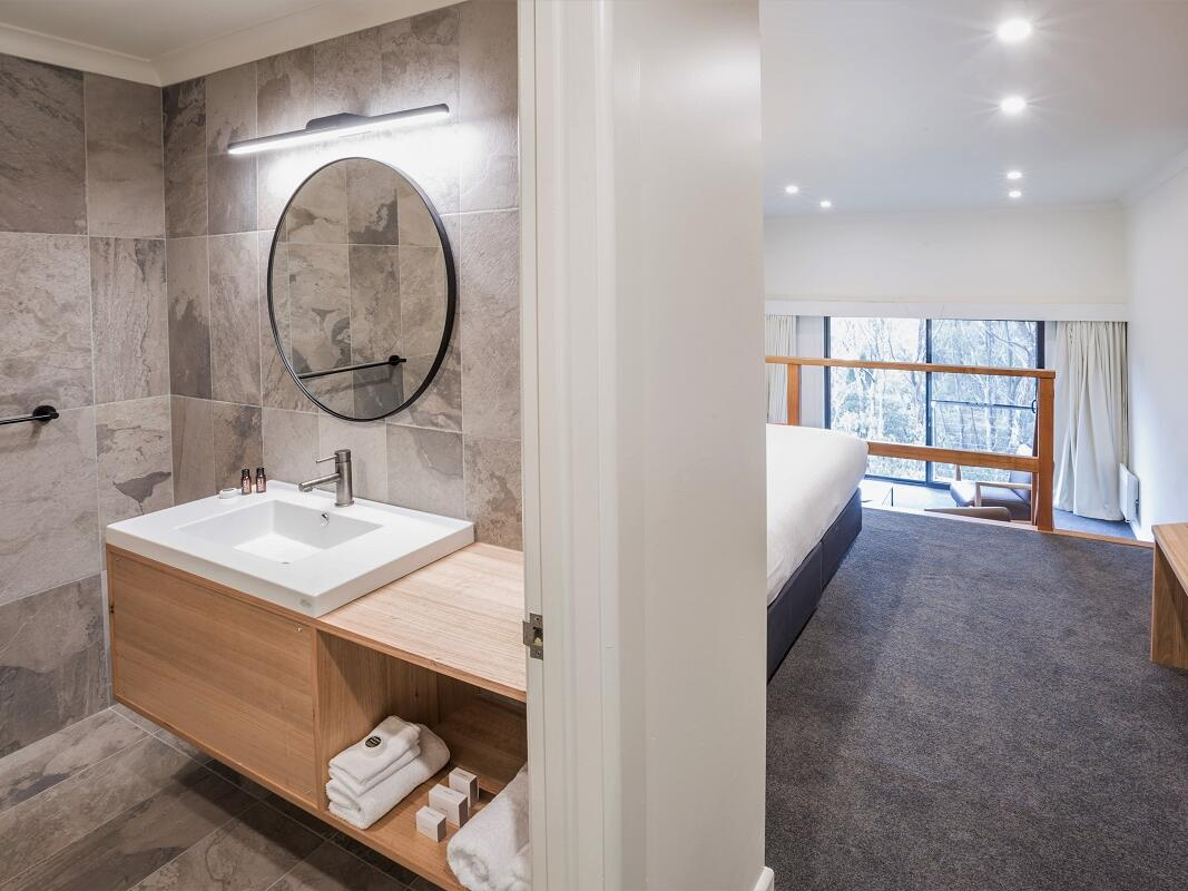 Bathroom and Split Level King Room at Cradle Mountain Hotel