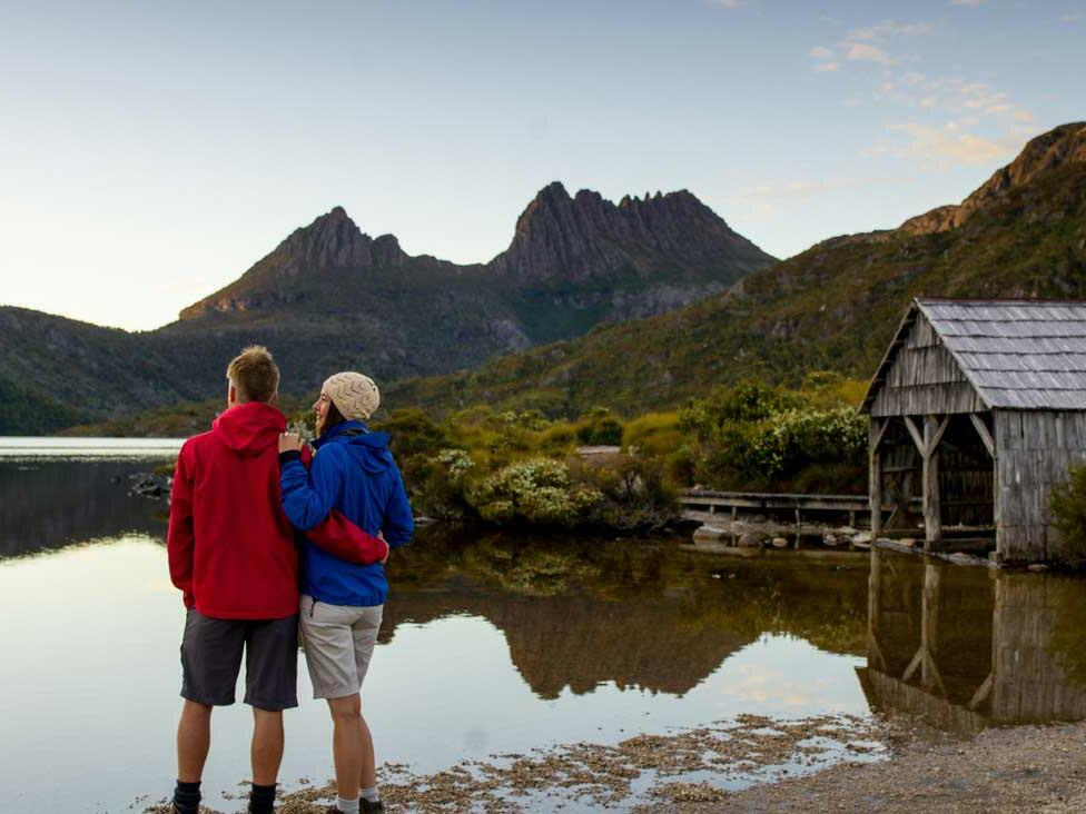 Couple near dove lake at Cradle Mountain Hotel