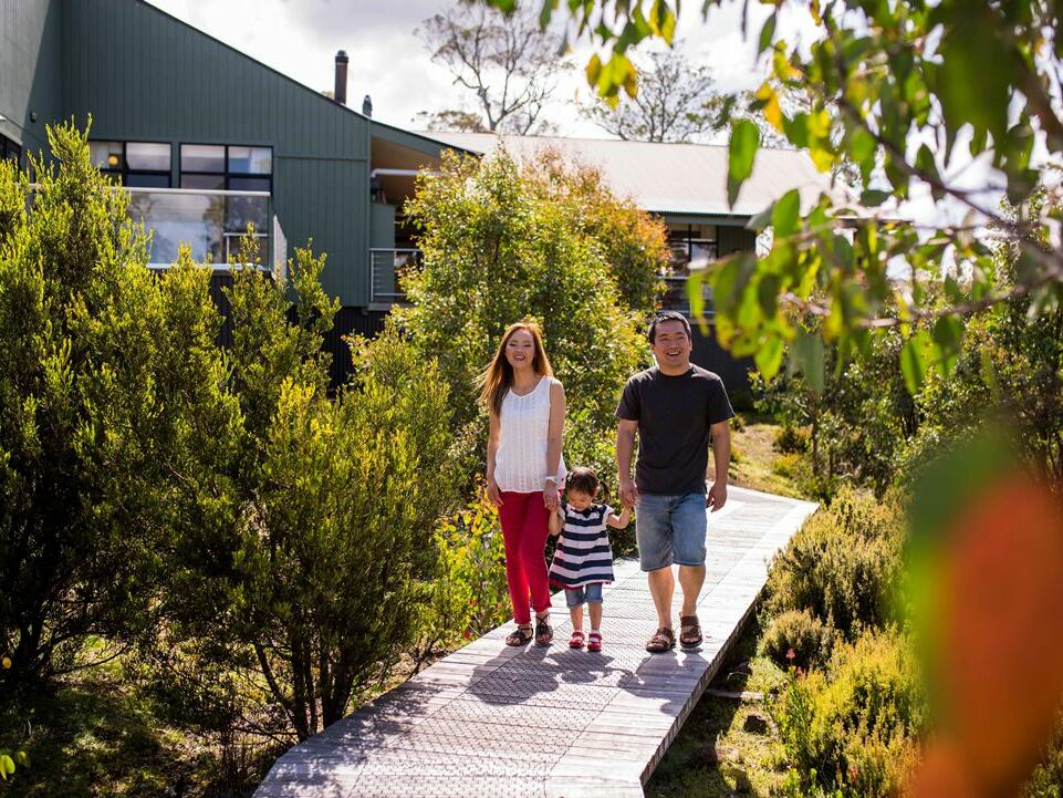 Family having a walk at Natural Splendour in Cradle Mountain