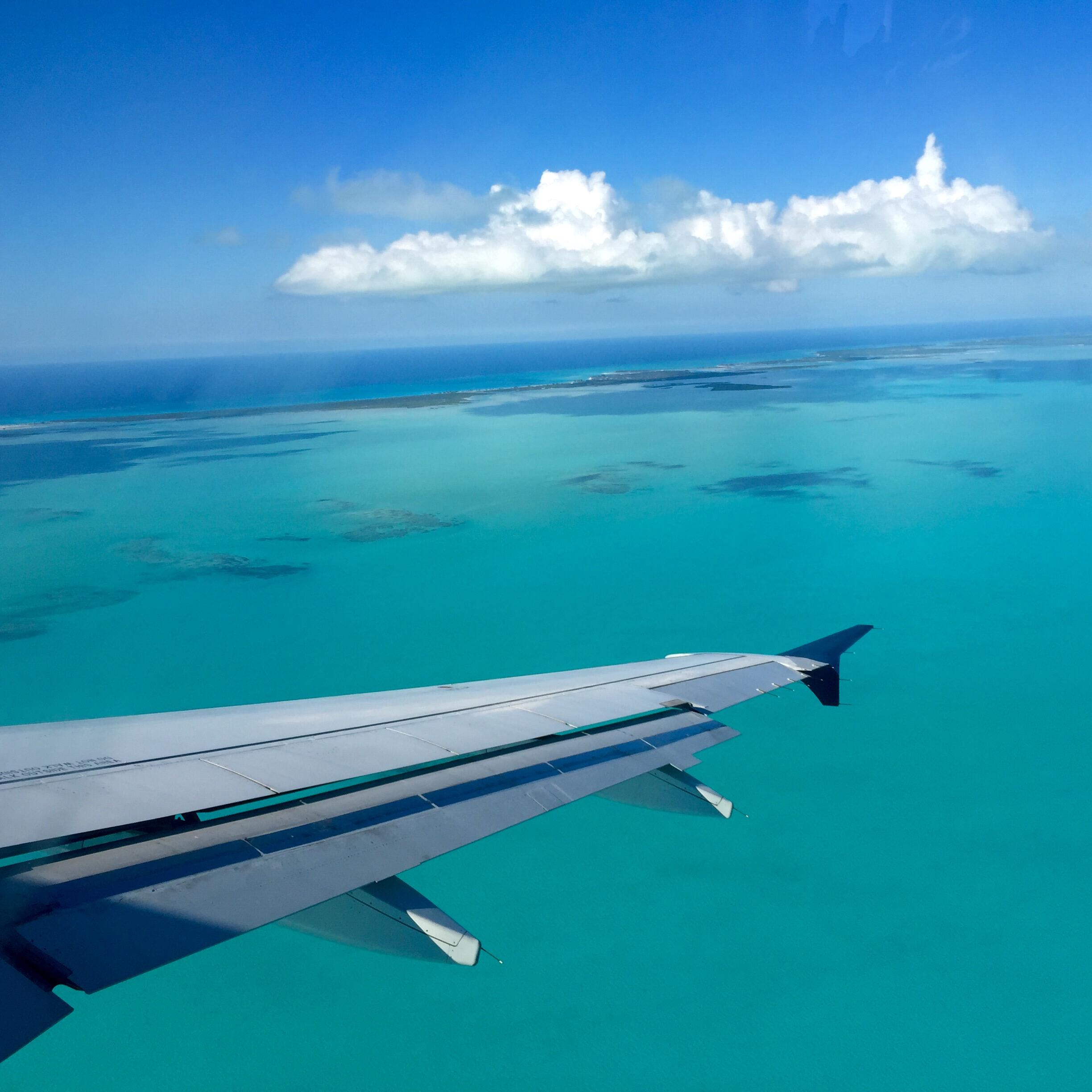 Ocean view from the airplane over the Somerset On Grace Bay