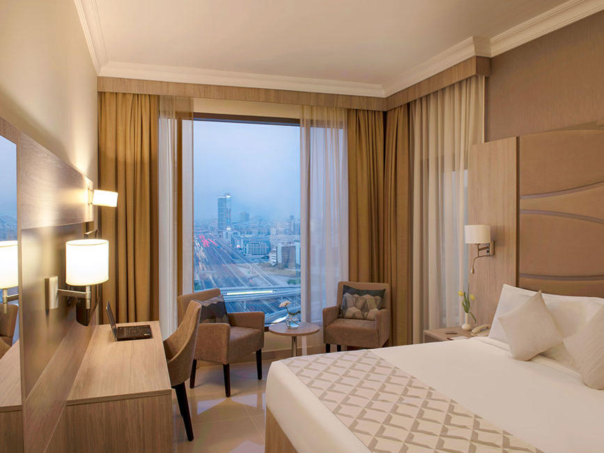 Special Weekend Offer at Two Seasons Hotel & Apartments in Dubai