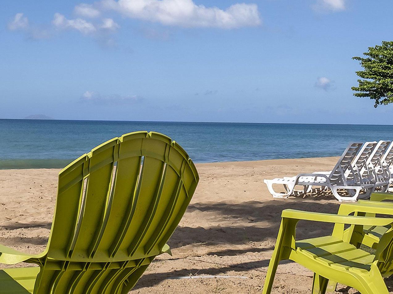 Beach View & Lounge Chair