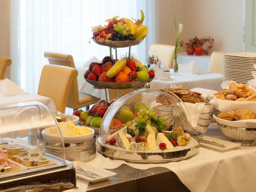 Breakfast at Ambassador Vienna Hotel