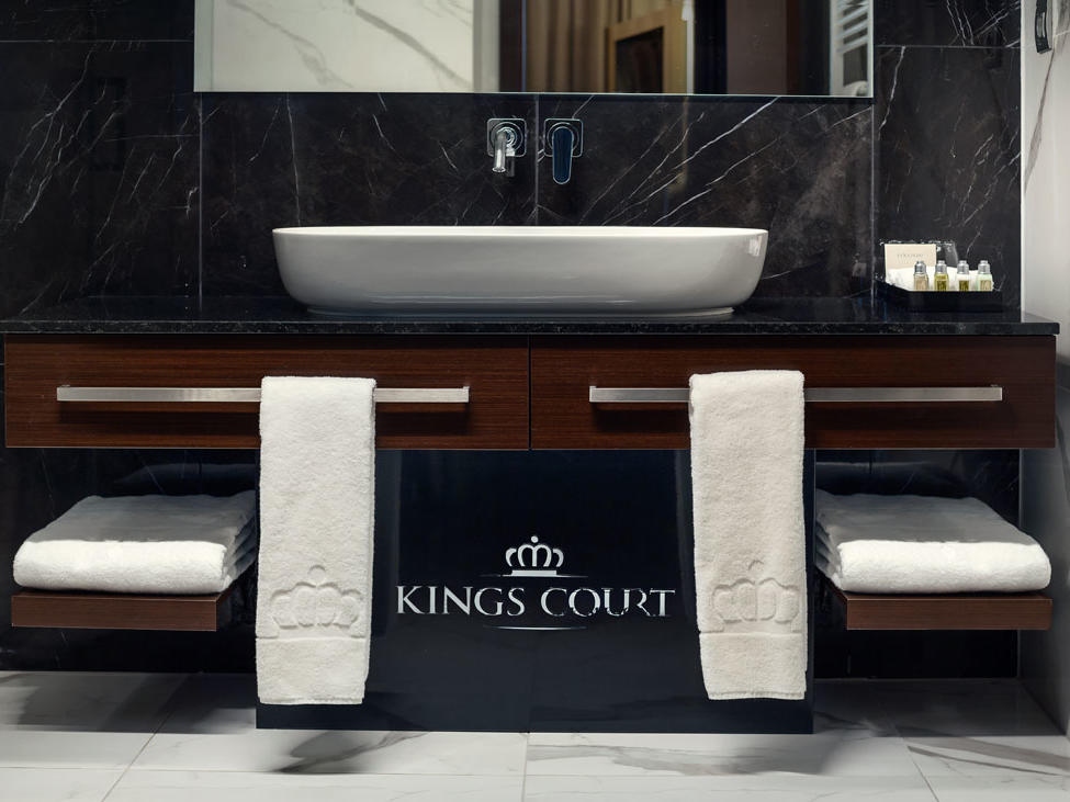Suite bathroom at Hotel KINGS COURT in Prague