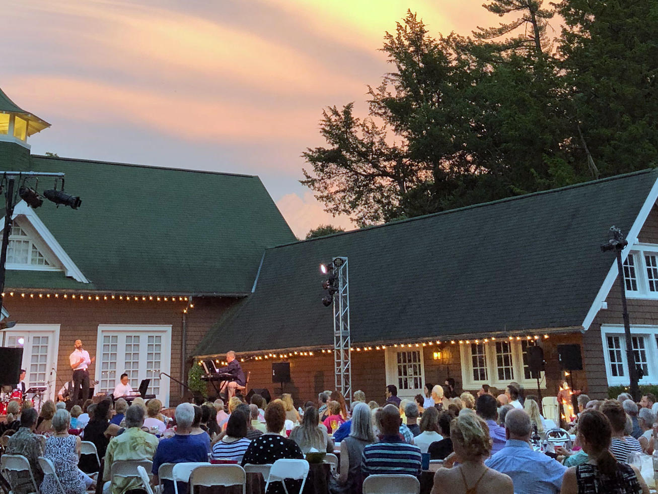 2019 Cabaret in the Courtyard at Brucemore