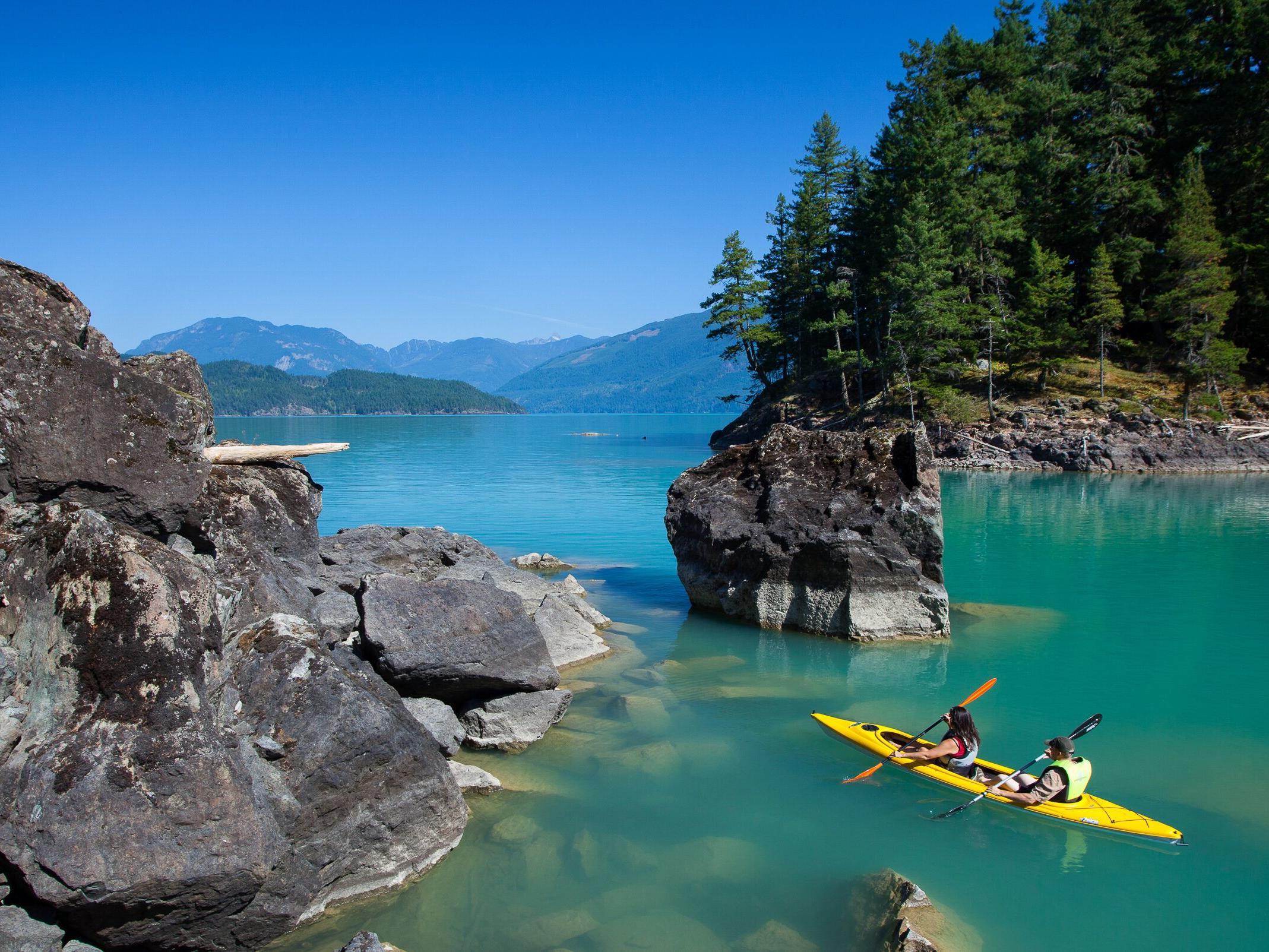 Couple in kayak Getaway