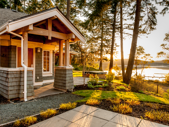 Executive Cottage - Poets Cove