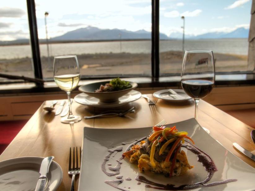 A meal & some wine served  in Kosten Restaurant at NOI Indigo
