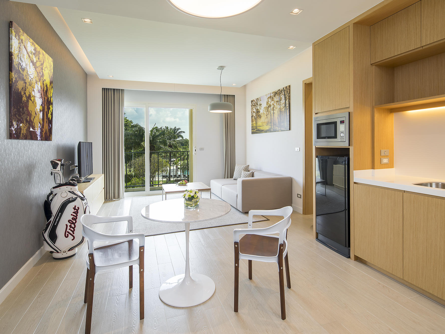 Eastin Thana City Golf Resort Bangkok One Bedroom Suite