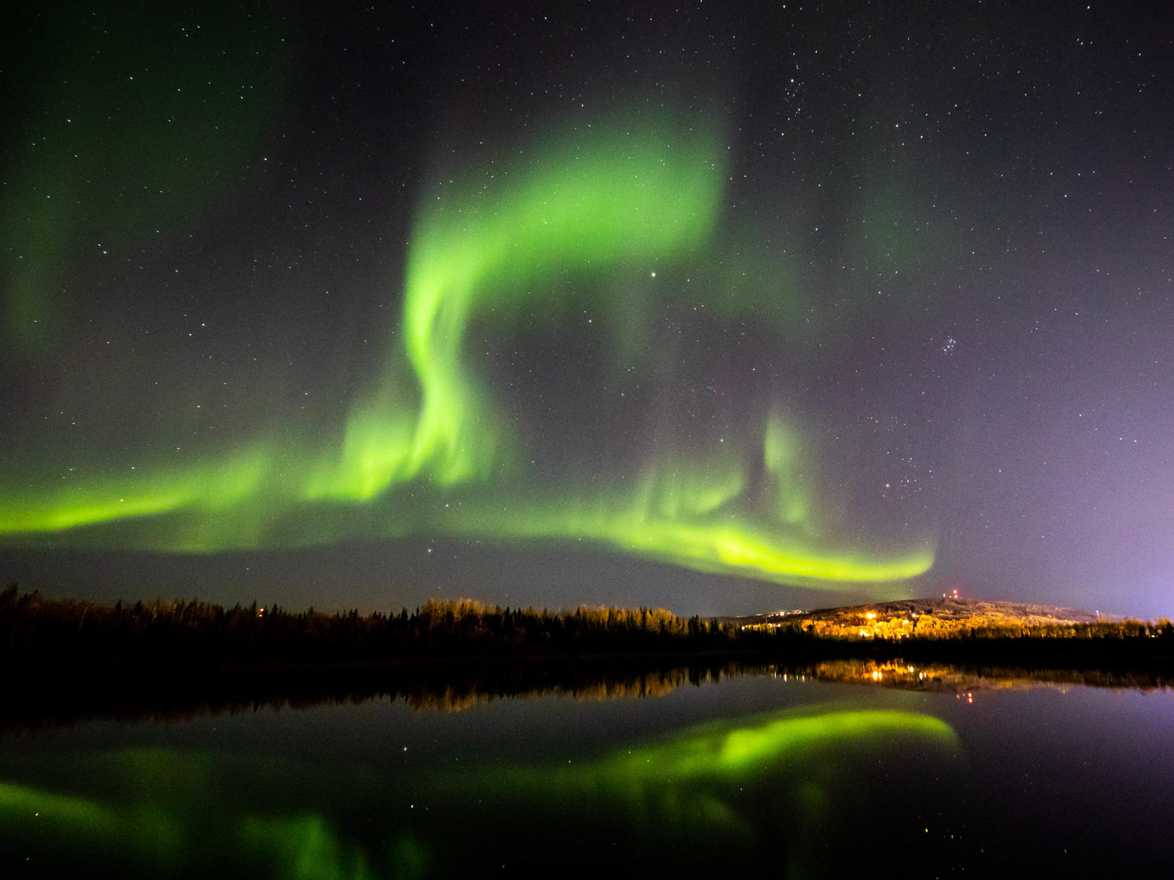 Nice place to witness northern lights near Wedgewood Resort